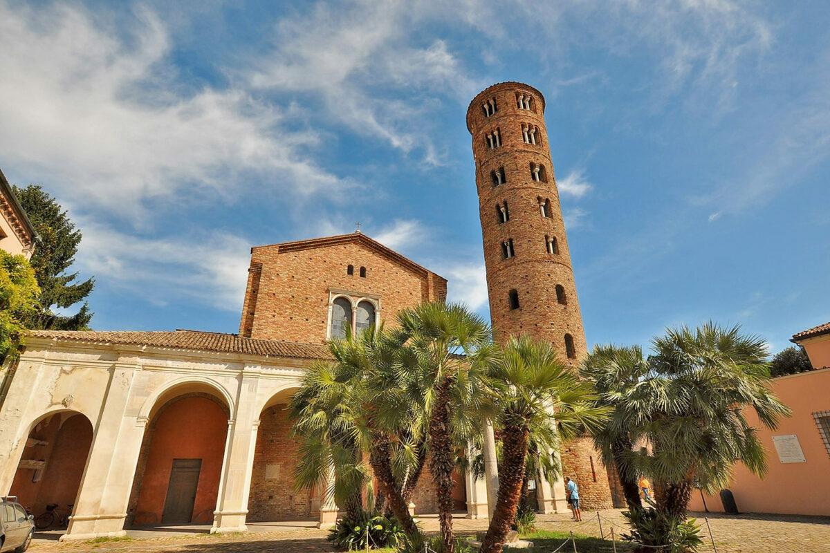 Basilica of Sant'Apollinare Nuovo (Ravenna)