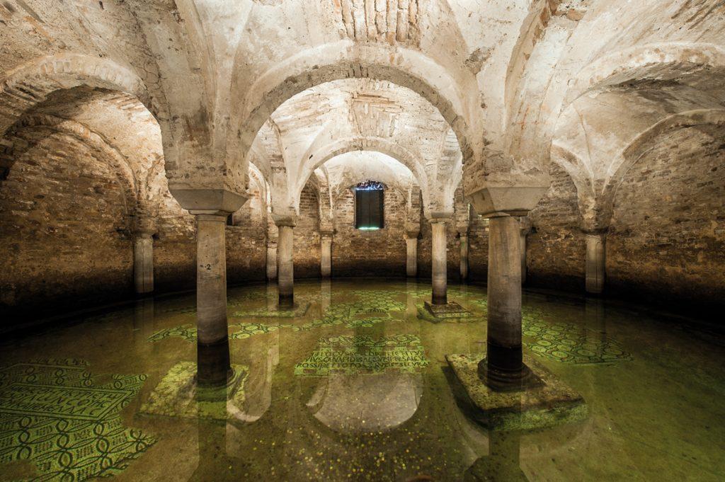 Cripta della Basilica di San Francesco (Ravenna)