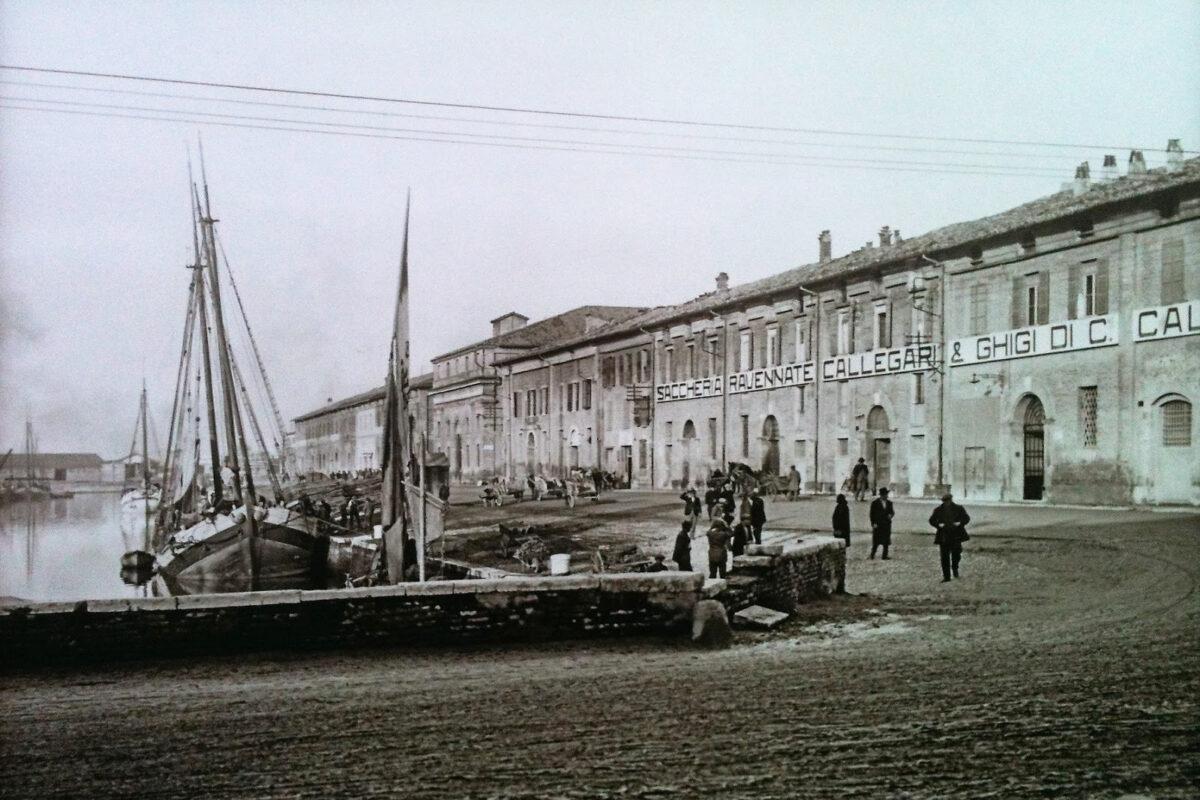 Foto Storica della Darsena di Ravenna
