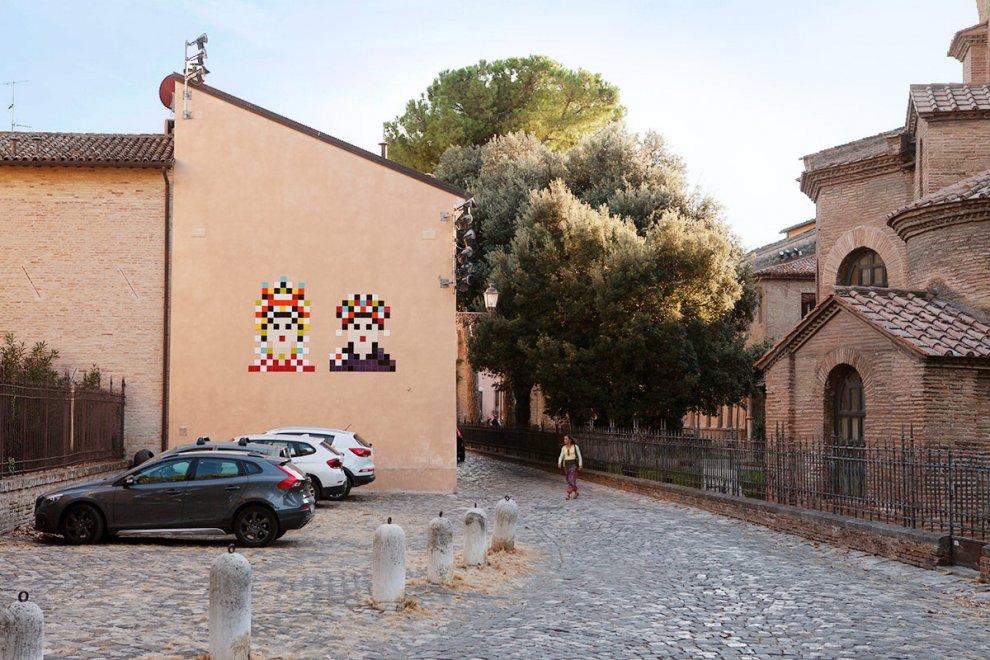 Il mosaico rimosso di Invader: Giustiniano e Teodora