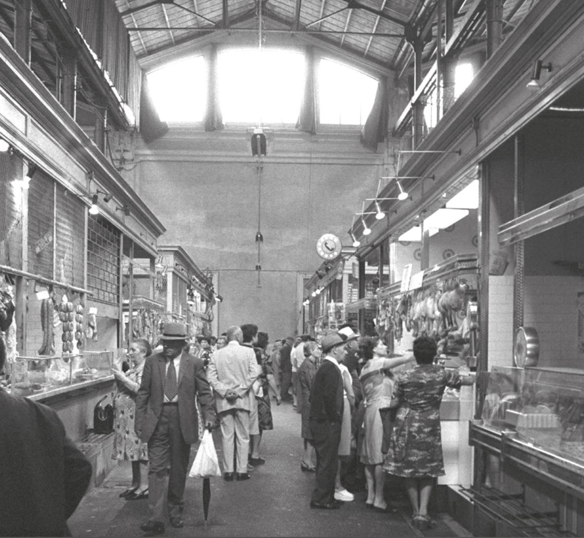 Interno del Mercato Coperto alla fine degli anni '70