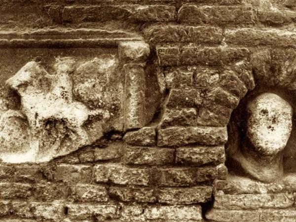 La Mariola e il cavaliere nella Torre Civica di Ravenna