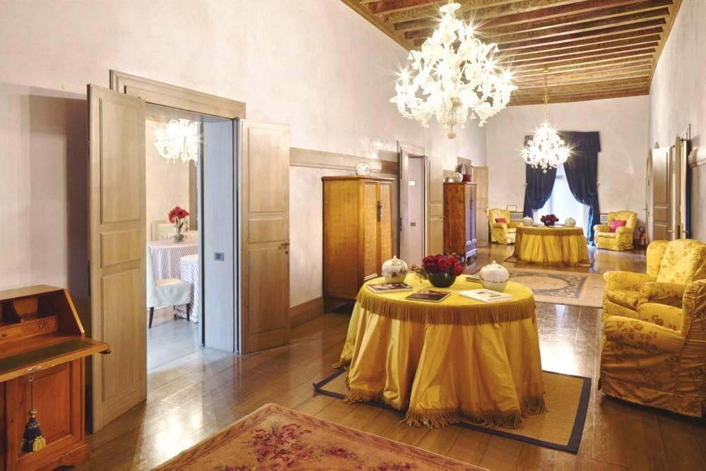 Palazzo Bracci (ora Albergo Cappello), Ravenna