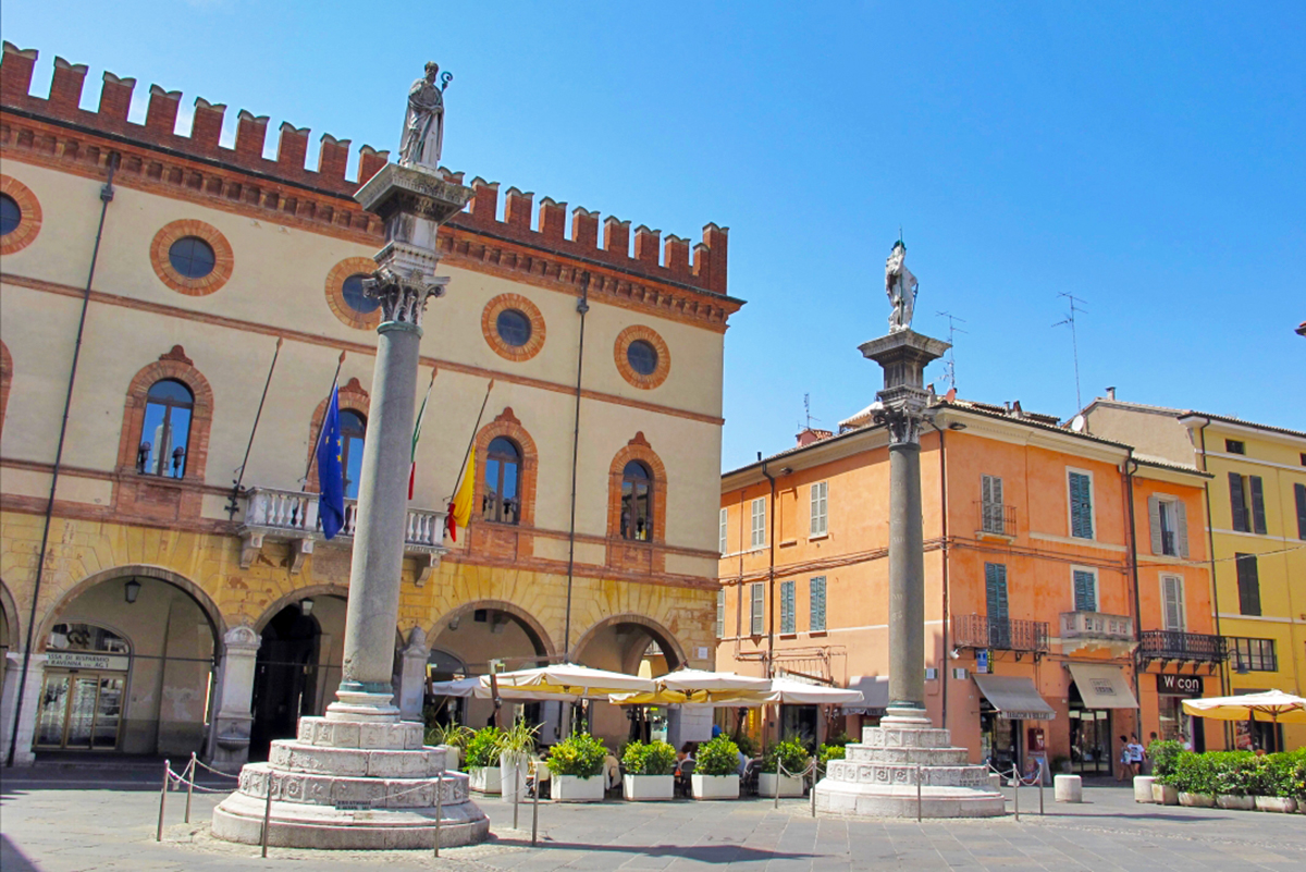 Colonne veneziane di Piazza del Popolo (Ravenna)