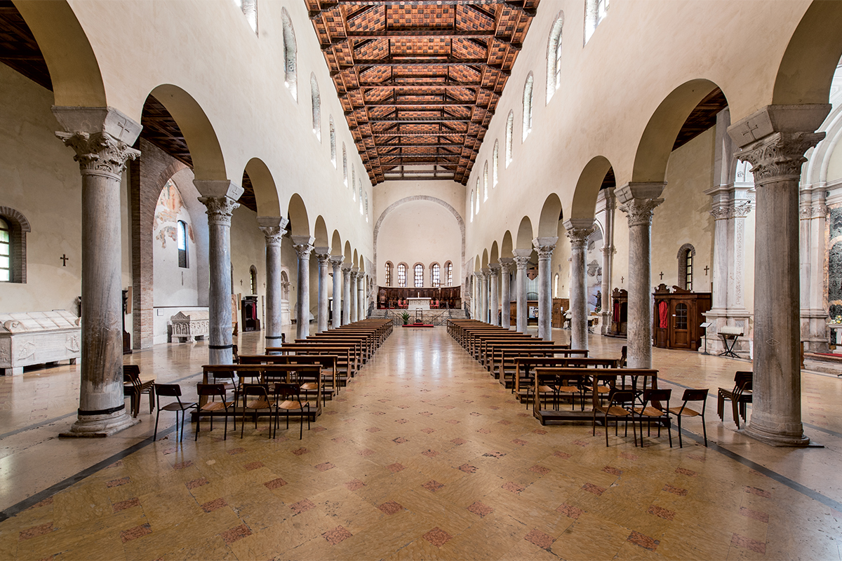 Basilica di San Francesco, interno (Ravenna)