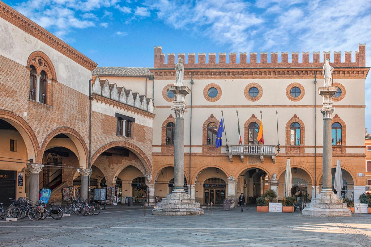 Piazza del Popolo (Palazzo Merlato)