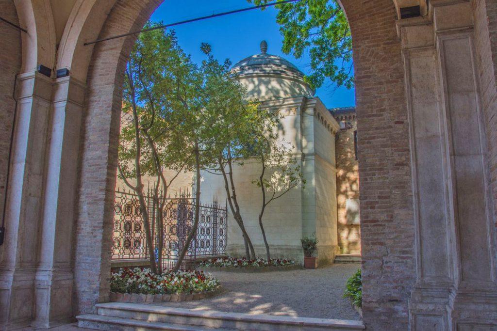 Quadrarco di Braccioforte, Ravenna